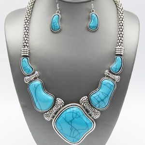 Jewelry - Turquoise Necklace Set